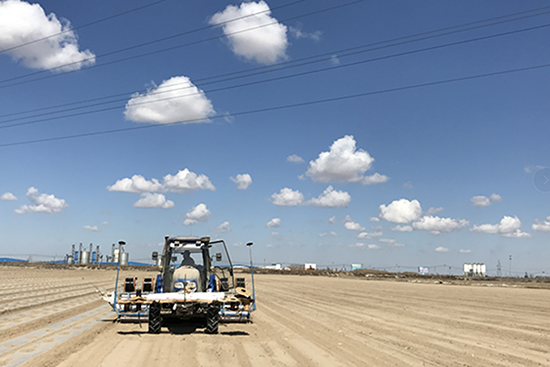 華測農機自動駕駛解決方案,農機自動駕駛系統,華測農機導航系統