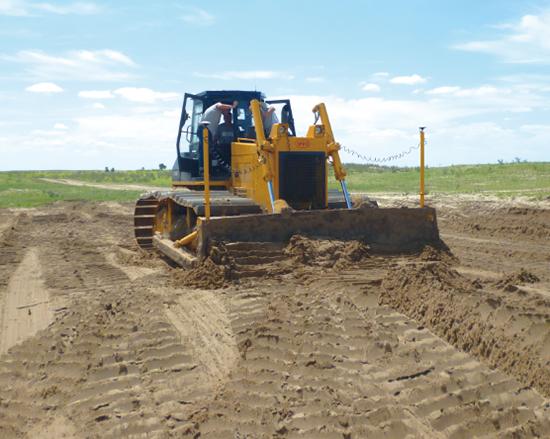 華測土地平整解決方案,激光平地鏟解決方案,大土方量轉移,高效率的推土機平地解決方案,無樁化施工