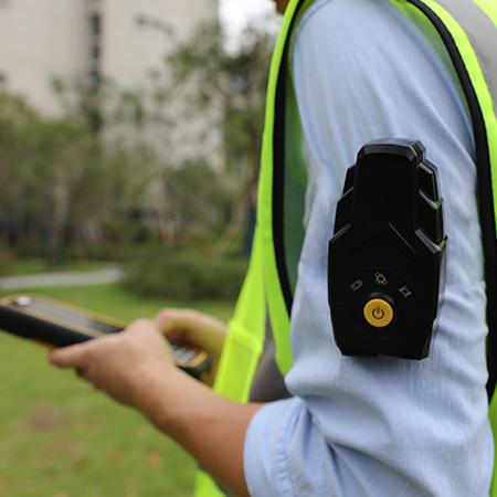 華測導航_BX2便攜式高精度定位終端,BX2能用于人員、車輛的監管與調度