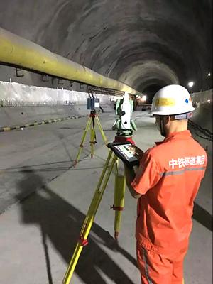 Z+F三维激光扫描仪配合马达全站仪,可以快速对隧道超欠挖进行有效控制