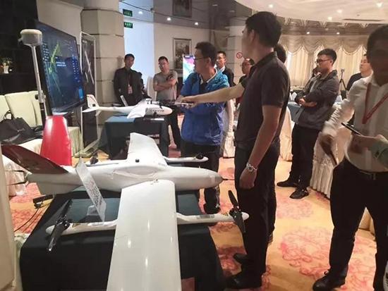 华测导航2019年无人机新品发布会客户现场交流